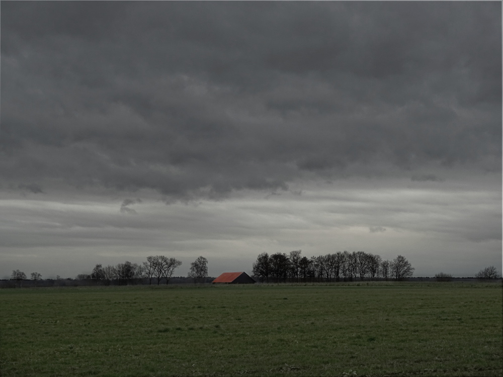 Wetterfront-bei-Wemding by .