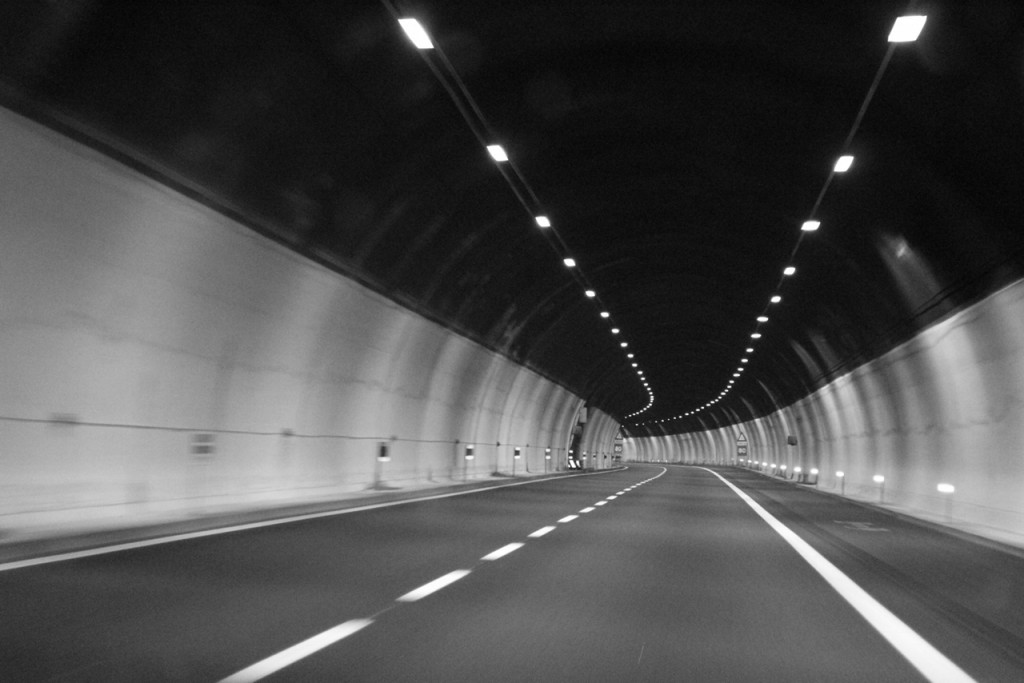 Im Tunnel by (c) Ulrich Berens.