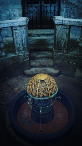 Der goldene Brunnen by uli@berens.cc                                                  .